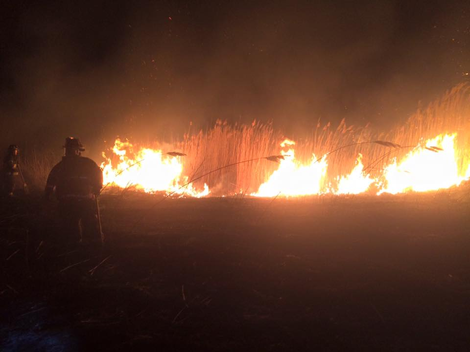 Engine Company responds to West Deptford for quick spreading brush fire