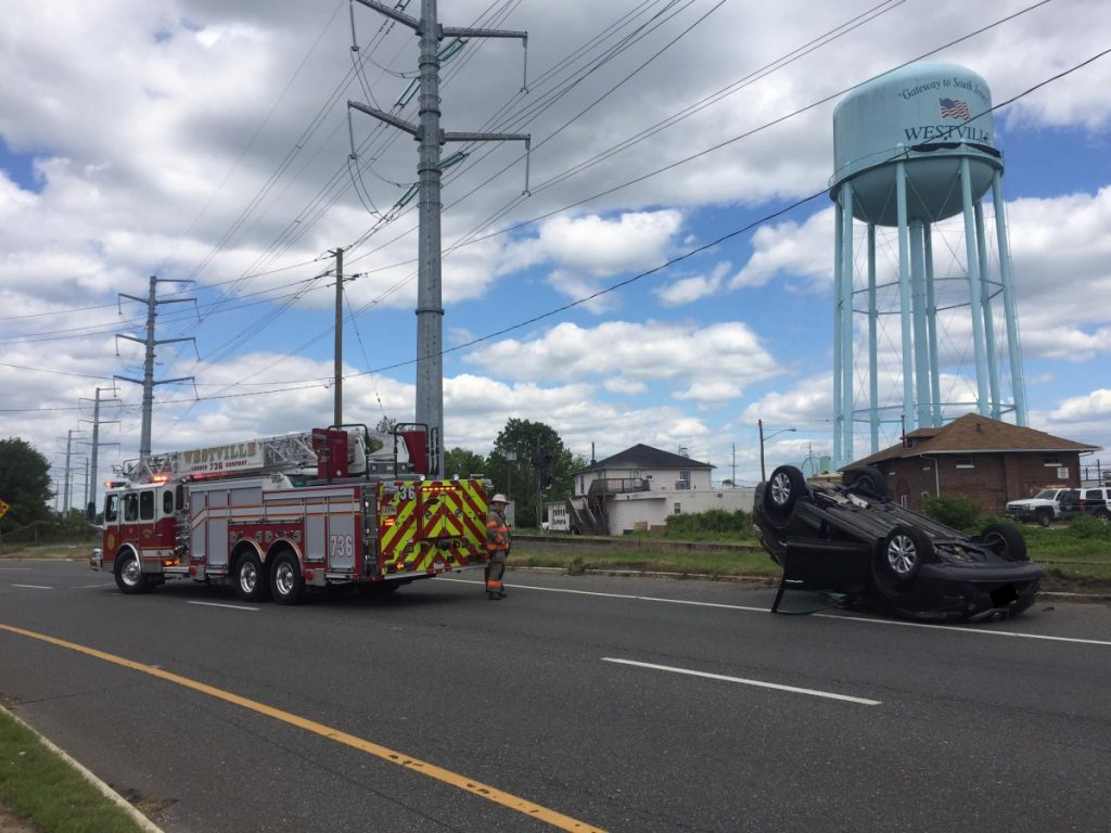 Ladder Company comes across crash while en route to Gloucester City Dwelling fire